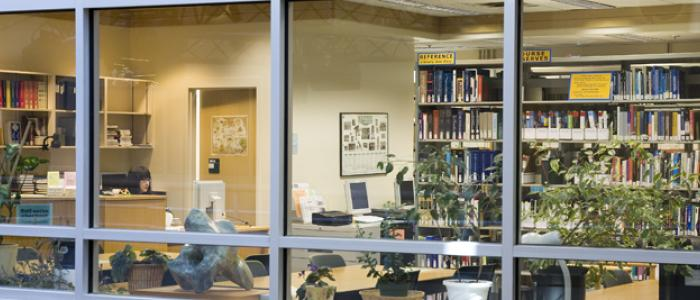 The Reading Room provides reference, research and circulation services.